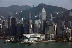 <p>A view of Hong Kong's financial district September 27, 2010. REUTERS/Tyrone Siu</p>