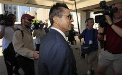 <p>Hassan Diab arrives at the courthouse in Ottawa June 6, 2011. A judge ruled on Monday that Diab, a suspect in a bombing that killed four people outside a Paris synagogue in 1980, should be extradited to France. REUTERS/Chris Wattie</p>