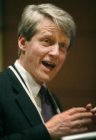 Yale University Professor of Economics Robert Shiller speaks during a presentation at the American Economic Association Conference in Atlanta, Georgia, January 3, 2010. REUTERS/Tami Chappell