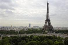 <p>A view of the Eiffel Tower in Paris, July 5, 2010. REUTERS/Philippe Wojazer</p>