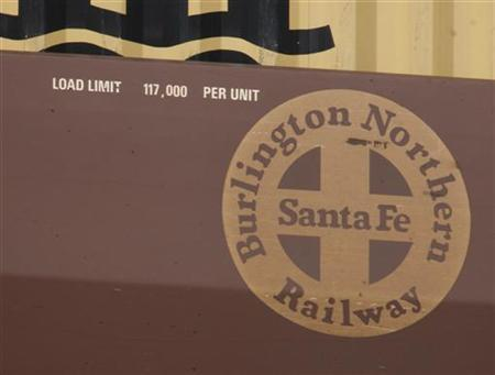 Burlington Northern Santa Fe logo is seen on a train in Cicero, Illinois November 3, 2009. REUTERS/John Gress