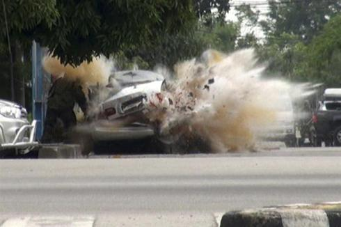 Car bomb explodes in Thailand