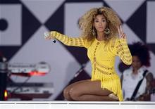 <p>Beyonce performs in Central Park during ABC's 'Good Morning America' in New York July 1, 2011. REUTERS/Lucas Jackson</p>