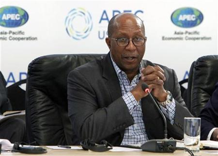 U.S. Trade Representative Ron Kirk makes opening remarks at a trade minister and small and medium size enterprise ministers meeting at the Asia-Pacific Economic Cooperation meetings in Big Sky, Montana May 20, 2011. REUTERS/Rick Wilking