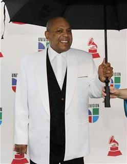 Colombian musician Joe Arroyo arrives for the 9th Latin Grammy Awards in Houston, Texas November 13, 2008. REUTERS/Richard Carson