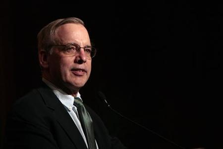 New York Federal Reserve Bank President William Dudley speaks during a dinner in Hong Kong, April 12, 2011. REUTERS/Tyrone Siu
