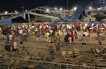 Death toll rises in Indiana State Fair stage collapse