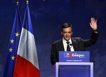 """<p>En conclusion des univesités d'été de l'UMP, à Marseille, François Fillon a invité dimanche les Français à la """"lucidité"""", à """"l'esprit citoyen"""" et au sens du devoir, à huit mois de l'élection présidentielle de 2012, dans un contexte qu'il a peint de couleurs sombres. /Photo prise le 4 septembre 2011/REUTERS/Jean-Paul Pélissier</p>"""