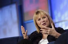 <p>Former Yahoo Chief Executive Carol Bartz gestures during her appearance at the Web 2.0 Summit in San Francisco, California November 16, 2010. REUTERS/Robert Galbraith</p>