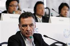 <p>Australian Minister for Trade Craig Emerson listens to a question at a trade ministers news conference at the Asia-Pacific Economic Cooperation meetings in Big Sky, Montana May 20, 2011. REUTERS/Rick Wilking</p>