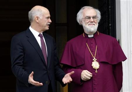 Greece's Prime Minister George Papandreou (L) welcomes Archbishop of Canterbury Rowan Williams in Athens November 25, 2010. REUTERS/Yiorgos Karahalis
