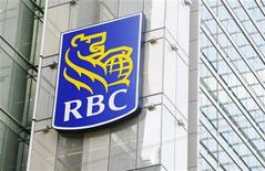 <p>A Royal Bank of Canada (RBC) sign is seen in downtown Toronto March 3, 2011. REUTERS/Mark Blinch</p>