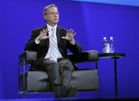 Eric Schmidt (R), executive chairman of Google, speaks during the Dreamforce event in San Francisco, California, September 1, 2011. REUTERS/Robert Galbraith