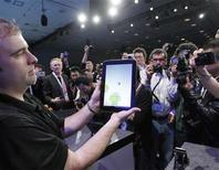 <p>Foto del martes que muestra un Android en el Foro de Intel en San Francisco. Sep 13, 2011. REUTERS/Robert Galbraith</p>