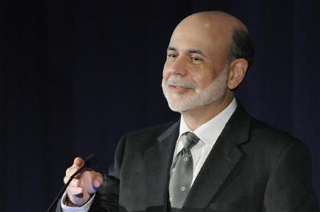 U.S. Federal Reserve Chairman Ben Bernanke smiles as he speaks at a conference on systemic risk, at the Federal Reserve in Washington September 15, 2011. REUTERS/Jonathan Ernst