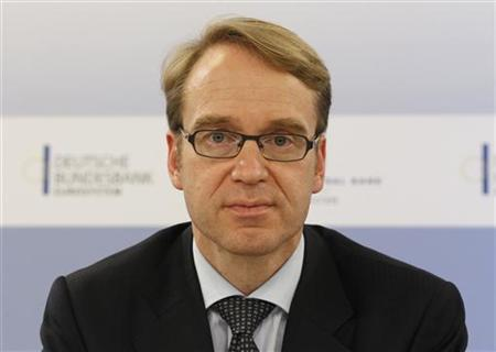 Bundesbank President Jens Weidmann attends a news conference in Berlin October 6, 2011. REUTERS/Fabrizio Bensch