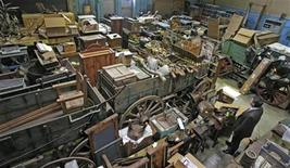 <p>An overhead view shows part of the old west artifact storage area at the Harrisburg Incinerator in Harrisburg, Pennsylvania, March 10, 2010. REUTERS/Tim Shaffer</p>