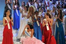 <p>Miss Venezuela, Ivian Sarcos, reacts after being crowned Miss World 2011 in Earls Court in west London November 6, 2011 REUTERS/Paul Hackett</p>