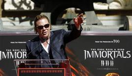 <p>Actor Mickey Rourke speaks at his hand and footprint ceremony at the Grauman's Chinese Theatre in Hollywood, California October 31, 2011. REUTERS/Mario Anzuoni</p>