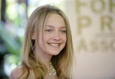 <p>Actress Dakota Fanning attends the HFPA Installation Luncheon in Beverly Hills, California July 30, 2008. REUTERS/Phil McCarten</p>