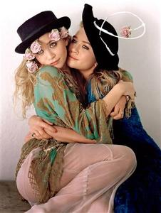 Twin actresses-turned-designers Mary Kate and Ashley Olsen, photographed by Craig McDean. REUTERS/Craig McDean/Vogue