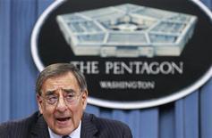 <p>Il segretario alla Difesa Usa Leon Panetta in una immagine di archivio. REUTERS/Kevin Lamarque</p>