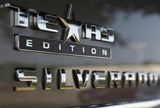 "<p>A ""Texas Edition"" Silverado pickup truck sits on the lot at a Chevrolet dealership in DeSoto, Texas September 3, 2009. REUTERS/Jessica Rinaldi</p>"