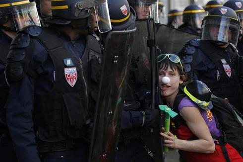24 Hours in Pictures - 24 Mar 2012