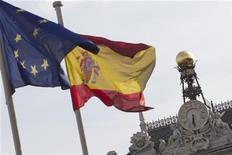 <p>Le déficit budgétaire de l'Espagne a représenté 8,5% du produit intérieur brut (PIB) en 2011, a déclaré Eurostat, qui apaise ainsi les doutes sur les chiffres présentés par les autorités espagnoles. /Photo d'archives/REUTERS/Juan Medina</p>