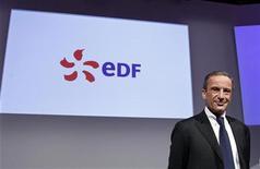 <p>Henri Proglio, le PDG d'EDF, l'une des valeurs à suivre à la Bourse de Paris. Le groupe a l'intention d'offrir 0,89 euro par action pour racheter les minoritaires de l'italien Edison, a indiqué la Consob, selon une lettre de l'autorité boursière italienne publiée par la société A2A jeudi soir. /Photo prise le 16 février 2012/REUTERS/Jacky Naegelen</p>