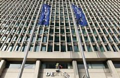 <p>Dexia est proche d'un accord avec la banque russe Sberbank avec pour lui céder sa filiale turque Denizbank, selon trois sources proches du dossier. /Photo d'archives/REUTERS/François Lenoir</p>