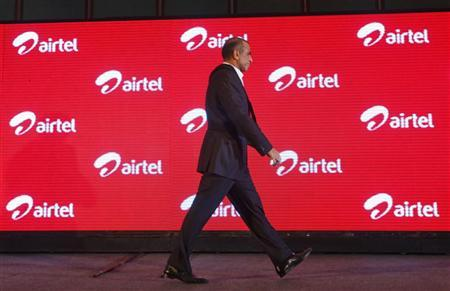 Bharti Airtel Chairman Sunil Mittal walks during the launch ceremony for 4G services in Kolkata April 10, 2012. REUTERS/Rupak De Chowdhuri