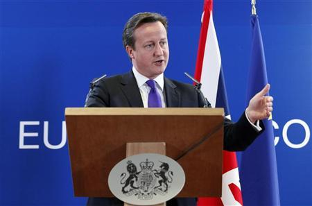 Britain's Prime Minister David Cameron addresses a news conference after an European Union leaders summit in Brussels June 29, 2012. REUTERS/Sebastien Pirlet