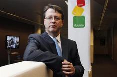<p>Le directeur général de Mobistar, Jean-Marc Harion. Le deuxième opérateur belge de téléphonie, filiale de France Télécom, a vu son bénéfice courant semestriel baisser de près de 8% à 249,7 millions d'euros. /Photo prise le 8 février 2012/REUTERS/François Lenoir</p>