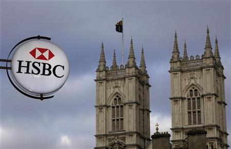 A branch of HSBC bank is seen near Westminster Abbey, in central London March 6, 2011. EREUTERS/Stefan Wermuth