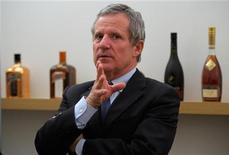 <p>Jean-Marie Laborde, directeur général de Rémy Cointreau. Le numéro deux français des spiritueux a finalisé l'acquisition de la société Bruichladdich Distillery Company Ltd. qui comprend le Single Malt scotch whisky Bruichladdich et ses actifs basés sur l`île d'Islay, en Ecosse. /Photo d'archives/REUTERS/Philippe Wojazer</p>