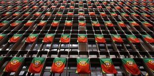 <p>Le produit intérieur brut (PIB) du Portugal s'est contracté de 0,8% au troisième trimestre après un recul de 1,1% au deuxième, sous la pression des mesures d'austérité. /Photo d'archives/REUTERS/Nacho Doce</p>
