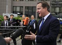 <p>Le Premier ministre britannique a estimé vendredi que les Vingt-Sept n'avaient pas fait assez de progrès concernant le budget pluriannuel de l'Union européenne pour 2014-2020 et a de nouveau réclamé des coupes supplémentaires. Le Conseil européen a suspendu ses travaux dans la nuit de jeudi à vendredi. /Photo prise le 23 novembre 2012/REUTERS/Yves Herman</p>
