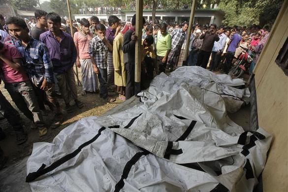 مصرع عاملا بسبب حريق بمصنع للنسيج بنجلاديش ?m=02&d=20121126