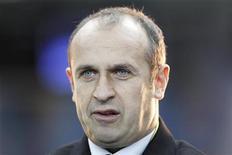 <p>Le XV tricolore de Philippe Saint-André affrontera l'Irlande et l'Italie dans le groupe D au premier tour de la Coupe du monde 2015 en Angleterre, dont le tirage a été effectué lundi à Londres. /Photo prise le 10 novembre 2012/REUTERS/Gonzalo Fuentes</p>