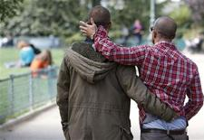 <p>Le projet de loi sur le mariage homosexuel, qui divise profondément la société française, sera examiné en séance publique par les députés à partir du 29 janvier 2013. /Photo prise le 1er octobre 2012/REUTERS/Regis Duvignau</p>