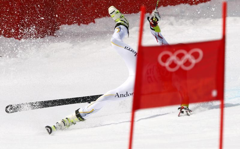 Crashes and falls at Sochi