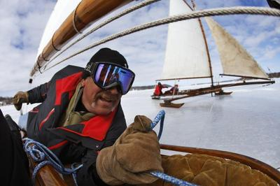 Ice sailing on the Hudson