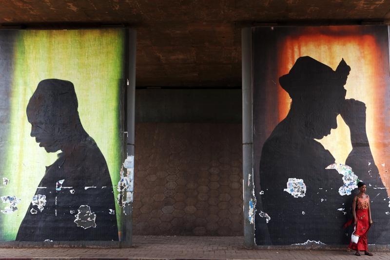 Mali divided