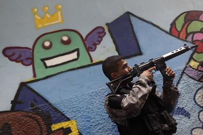 Battling gangs in Rio's slums