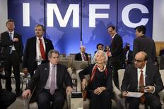 Christine Lagarde, la directrice générale du FMI, lors du la réunion du FMI et des banques mondiales, à Washington. Le projet de réforme du Fonds monétaire international est dans l'impasse en dépit des déclarations des ministres des Finances du G20 qui promettent de le mener à bien sans les Etats-Unis si le Congrès américain ne le ratifie pas d'ici la fin de l'année, a déclaré dimanche un responsable du G20. /Photo prise le 12 avril 2014/REUTERS/Mike Theiler