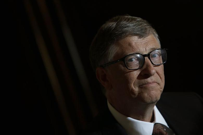 Bill Gates takes part in an interview with Reuters in Singapore April 6, 2014.. REUTERS/Edgar Su