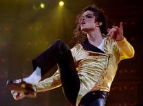 Pop star Michael Jackson performs during his second concert in Israel in this September 21, 1993 file photo. REUTERS/Havakuk Levison