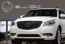 General Motors rappelle 51.640 modèles 2014 de ses SUV Buick Enclave, Chevrolet Traverse et GMC Acadia pour cause de logiciels défectueux pouvant entraîner un dysfonctionnement de la jauge à essence. /Photo d'archives/REUTERS/Gary Cameron
