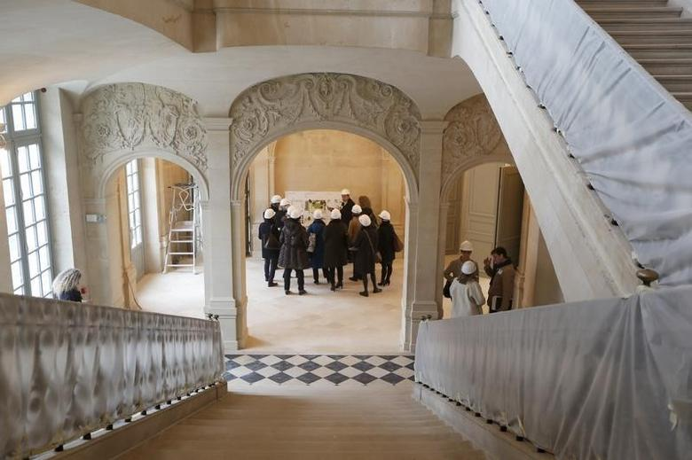 Journalists attend a press visit during the renovation of the Hotel Sale known as the Picasso Museum in the Marais district of Paris, March 4, 2014.  REUTERS/Charles Platiau